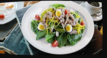 салат из тунца огурцов и яиц