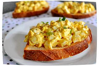 простые бутерброды с яйцом