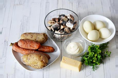 салат мимоза с рыбными консервами пошагово с фото 1