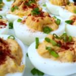 kalte Snack-Eier gefüllt