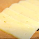 как приготовить домашний твердый сыр