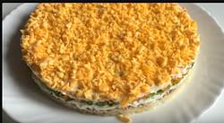 салат с печенью трески и картофелем